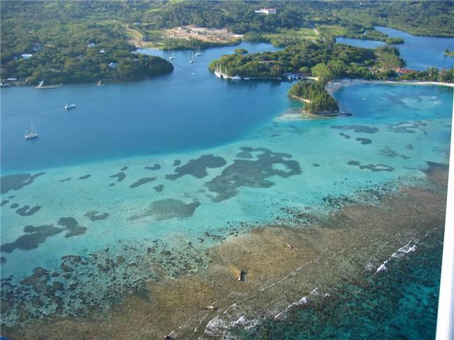May 4, 2008 from French Cay (Fantasy Island), Roatan (Bay Islands),